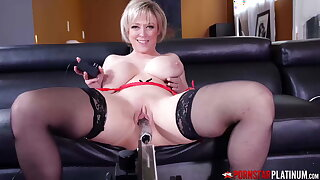 PORNSTARPLATINUM - MILF Dee Williams Masturbates By Machine