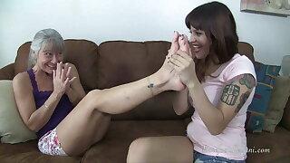 Raquel Worships Leilani