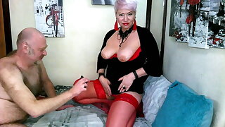 Slutty mom in red stockings doesn't let her cunt get bored!