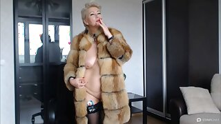 VENUS IN FURS, or hot MILF in a fur coat and with a cigarette!